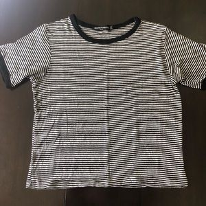 Brandy Melville Black and White Striped T-shirt